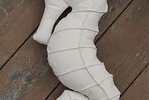 Seahorse pillow pattern