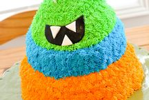 Monster Cakes, Cupcakes, and Treats / Sharing a collection of CUTE Monster themed Cakes, Cupcakes, and Treats!