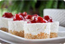 ♥ No Bake desserts / by Chanda Ladines