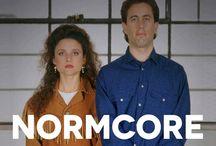 """Normcore (Out Of Fashion) / Son zamanlarda sıkça konuşulan ve giderek trend haline gelen kelime """"Normcore"""" nedir? Sizin için araştırdık."""