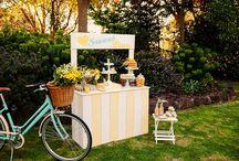Retro Wedding Ideas / Retro Inspired Wedding Ideas