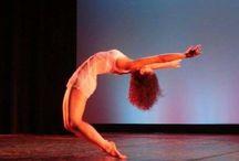 Dancer/Performer