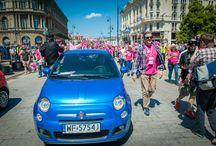 Fiat na Marszu Różowej Wstążki / Marsz Różowej Wstążki ma na celu nagłośnienie tematu walki z rakiem piersi. Fiat, jako główny partner tego wydarzenia, był na miejscu i ufundował nagrodę – modnego Fiata 500. Zachęcamy do obejrzenia galerii zdjęć!