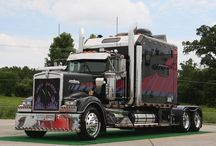 Kenworth / by Darryl