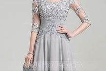 wedding dress mum