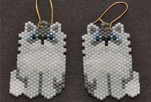 Beading - Earrings  ( animals)