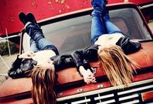 Girls just want to have fun! / A Board with ideas for Photoshoots with your friends