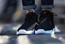 air j sneakers