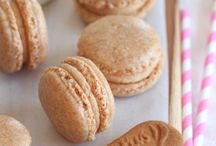 Macarons 101 / On a journey to making perfect French macarons.