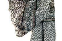 Châles et Ponchos / Châles en laine - châles unis - châles tissés - châle navajo - châle tartan