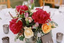 Centerpiece Inspiration / This board is dedicated to beautiful centerpieces, small, tall, floral and other - anything that caught our fancy. We hope that you enjoy the inspiration!