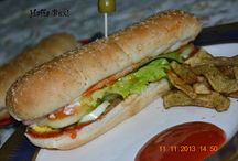 Burgers & Sandwiches / http://haffaskitchen.blogspot.com/search/label/Burgers%20%26%20Sandwiches