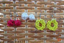 Beads, Baubles, & Pretty Stuff / by Jo Jandrok