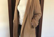 Casacos de Luxo / Casacos de grife novos e semi-novos, ORIGINAIS. Compras pelo enjoei: https://www.enjoei.com.br/eluxo-b064a