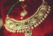beautiful women's jewellery