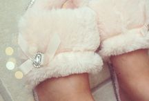 WEAR YOUR SLIPPERS PRINCESS ♡