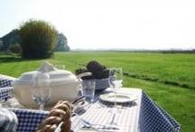 Tafelkleden  / een ontbijtje borrelen en of lekker lang tafelen, altijd sfeervol met een ruiten  tafelkleed.