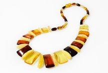 Collier d'Ambre / Collection de collier en Ambre naturel et Argent pour femme, disponible en Ambre vert, royal, miel, cognac et cerise.