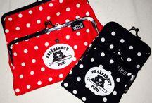 Viwi Tuplakukkaro Pesäkarhu logolla. / Pesäkarhujen Viwi tuplakukkarot saapuneet. Valittavina punainen tai musta ja kaksi kokoa. Myynti ottelutapahtumissa.