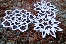 Kirigami and snowflakes and Scherenschnitte