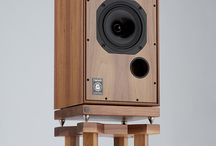 Speaker standers