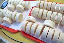 Palm-Free or PF Vegan Soap Recipes / Palm free or palm free, vegan cold process soap making recipes