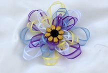 Hair Bows / by Leslie Narcotta