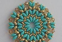 turkus z antycznym złotem