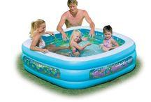 Bazény / Většina z nás vyhledává v letních měsících osvěžení v podobě koupání. Jednoduchým řešením je nadzemní bazén. Nabízíme několik variant bazénů pro skromné i náročnější zákazníky, uspokojíme nároky každého z Vás. Oblíbenou variantou jsou nafukovací bazény Tampa, ale i nadzemní bazény s konstrukcí Florida a Tahiti.