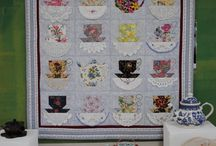 Quilting and Tea / Both are cozy and make a lot of people happy. We'll share tea and quilts with tea themes here.