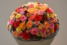 Biedermeier / Flower arrangement , round, central