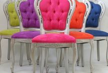 Beauty Room Seating / #BeautyRoom #Seating that is simply wonderful and gives the #Makeupvanity pop.