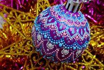 Dot art ornaments