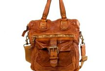 Campomaggi Love / Handgearbeitete Taschen von Campomaggi, die wertig sind und mit dem tragen immer schöner werden.  Ich liebe sie...