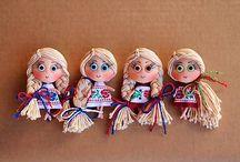 Brooch dolls