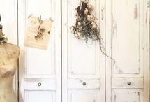 Door / ドア / LIMIAに投稿されたドアのリメイク、DIYなど✨ Ideas for door DIY posted on LIMIA. https://limia.jp/keywords/70/ ドア カラー ボックス 扉 壁 引き戸 クローゼット ふすま 玄関 部屋 蝶番 塗装 リフォーム 門扉 door