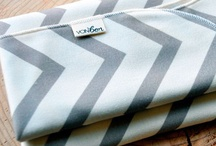 Vonbon / A collection of adorable baby blankets, bib bandannas and more - all in a neutral colour scheme.