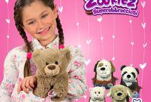 Zookiez / Sono arrivati gli Zookiez! I nuovi peluche dolcissimi, avvolgenti e coccoloni da portare sempre con te. Scoprili nei migliori negozi di giocattoli!