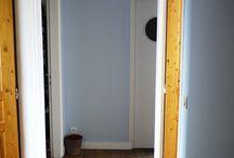 Rénovations entrée de maison / Nous ne pouvions plus voir notre entrée en peinture, nous lui avons donc donné un bon coup de pinceau. #bricolage #rénovation #bricolons #avantapres