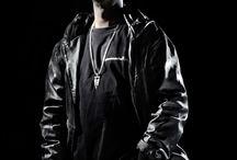 Grand master flash / He's a DJ