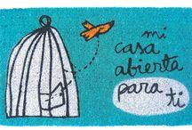 Felpudos divertidos y originales / Felpudos originales para regalar o regalarte, a solteros, parejas, familias...Diseño de Anna Llenas y La Room y los tenemos en Decocuit, regalos y decoración en Burgos y nuestra tienda on line www.decocuit.com