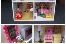 Dollhouse DIY / Cool ways to DIY a Playscale dollhouse (for Blythe, Barbie, Pullip, and more). I need to try these someday!