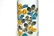 Vases, boutelles, bols, pots, flacons