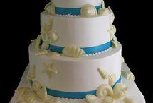 Cake! / by Jamie Farnam