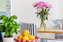 Lakásbemutatók / 1. Kislakások, garzonok 2. Panel(szerű) - alacsony belmagasság, egyszerű alaprajz, kis terek 3. Tágasabb apartmanok, kis térben is jól alkalmazható megoldásokkal