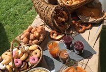 Café des Jardins / Et pourquoi pas un repas, un brunch ou un simple rafraîchissement sur la terrasse ombragée du Café des Jardins ?