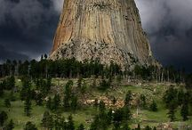 Wyoming Family Vacations / Family vacation ideas in Wyoming. Fun family activities and kid-friendly resorts and hotels.