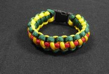Military Paracord Bracelet / Shadow Box military Gear offer Military paracord bracelet that are available in different size and color that you select. These types of bracelet are used in collage favorite celebration and professional sports team.
