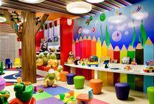 Σχολικές αίθουσες και χώροι διασκέδασης