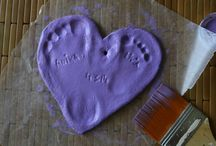 MEANINGFUL GIFTS / Gifts that warm your heart. Handmade or not these are surely keepers.